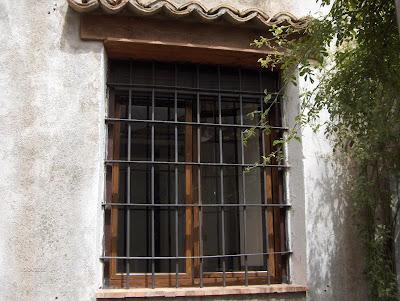 Una finestra di fronte aprile 2008 - Una finestra di fronte ...
