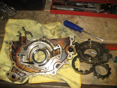 Stock Nissan RB26 Oil Pump Disassemble