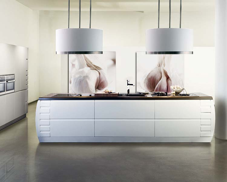 life in the semi-fab lane: ULTRA modern kitchens
