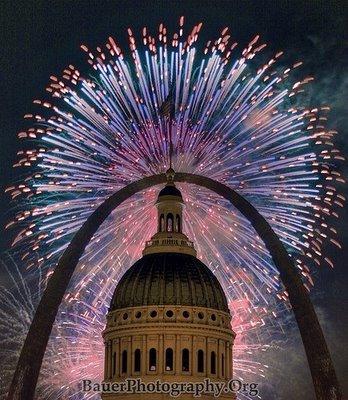 [fireworks-show-25.jpg]