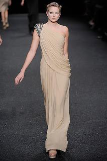 vestido nude uma manga so elie saab verao 2010 2011 Nude!