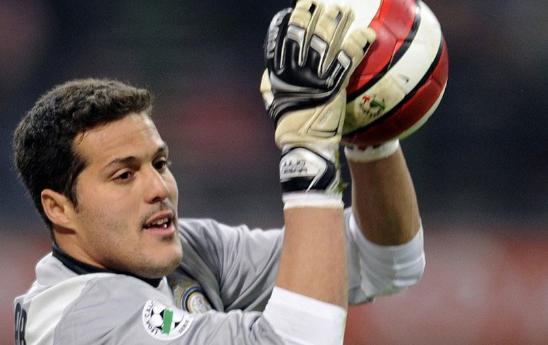 julio cesar portiere inter Inter Kirim Pesan Ancaman kepada Milan