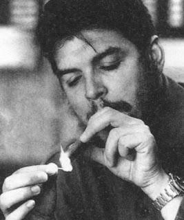 """Nel 2004 Bernal interpretò il Comandante Guevara ne """"I Diari della  motocicletta"""