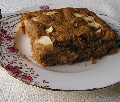 Leftover Oatmeal Cake with Apples