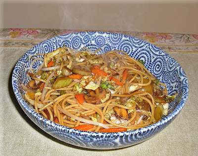 Whole Wheat Noodles with Stir-Fried Vegetables