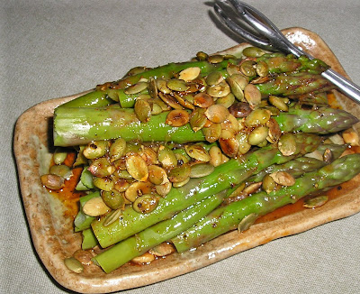 Asparagus with Pumpkin Seeds & Lemon Dressing