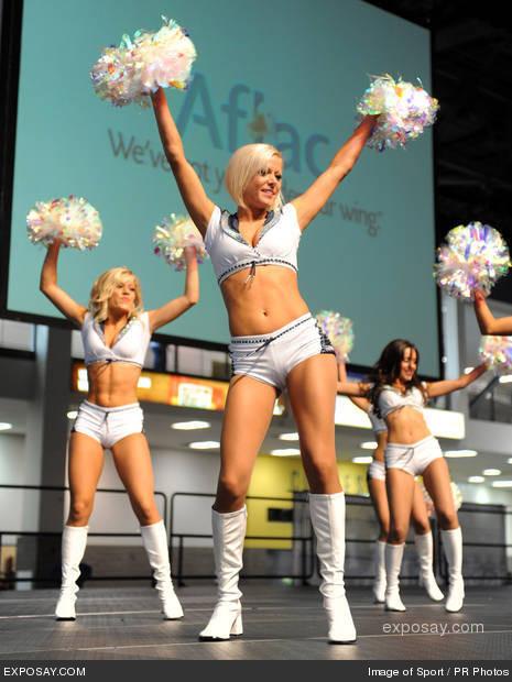 nude seattle cheerleaders