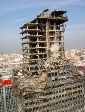 11 settembre effetti dell 39 incendio sulle strutture in for Piani di cabina della torre di fuoco