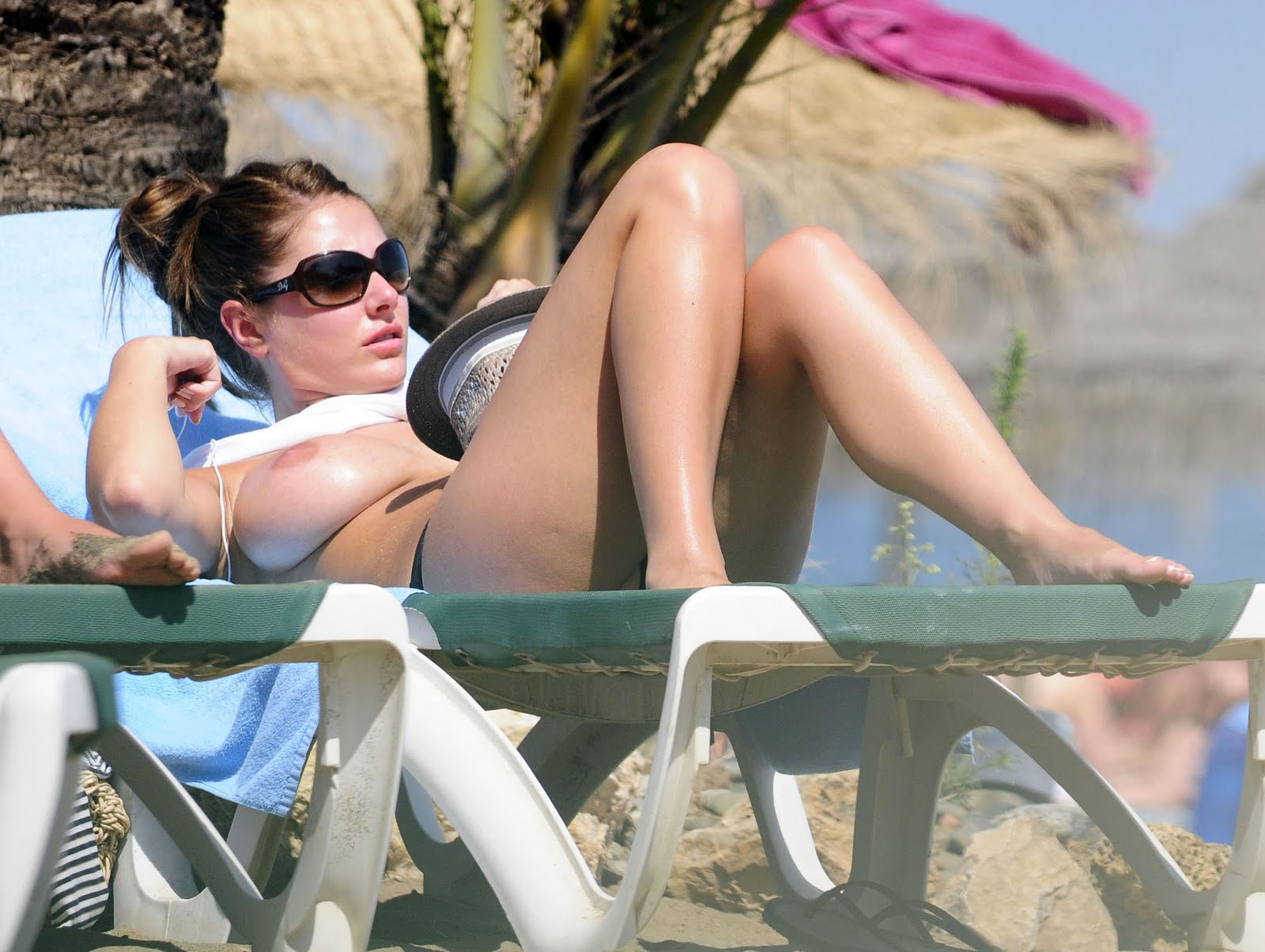 Especial. opinion lucy pinder nude beach absurd