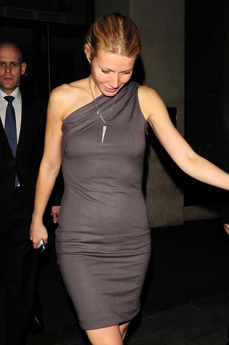 Flashing tight dress