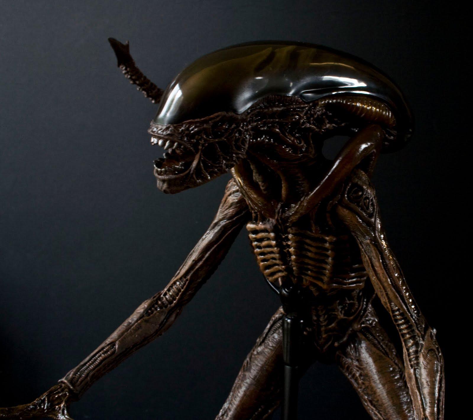 doons dungeon hot toys alien 3 dog alien review
