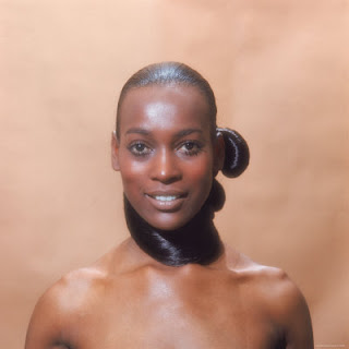 Naomi Sims, first black supermodel, died of  breast cancer at 61; opened doors