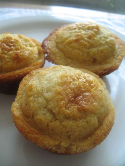 Cornmeal Honey Muffins