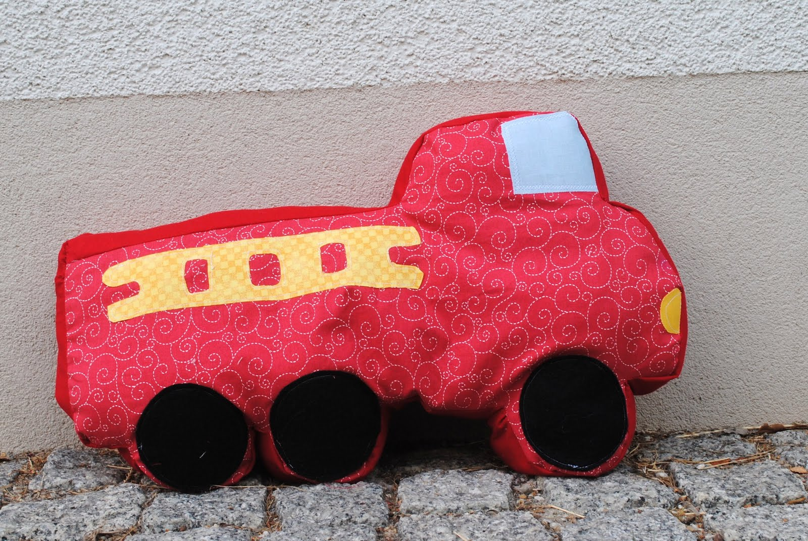 Fire Truck Pillow Tutorial
