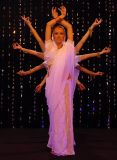 las chicas rudas and a gay guy: What is Bollywood dancing?