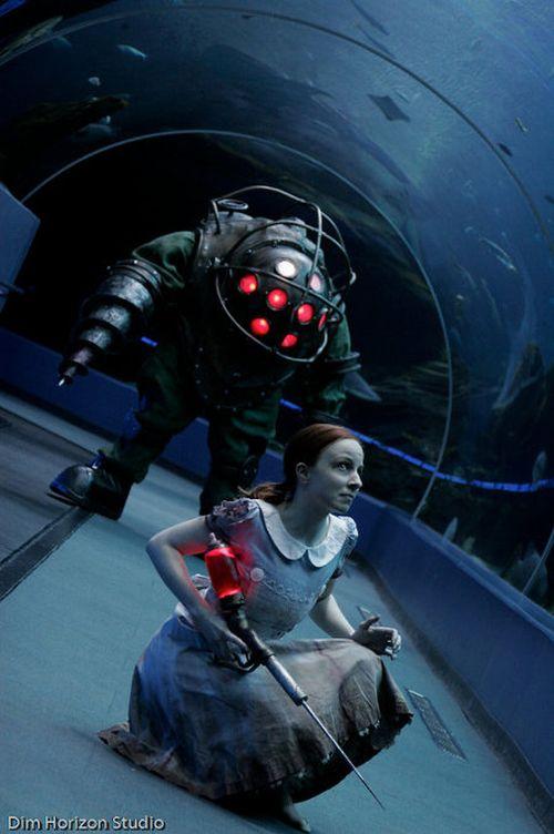 Operdion: BioShock game Cosplay : Big Daddy and Little Sister  Bioshock