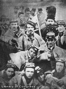 http://2.bp.blogspot.com/_Q2OIsqLMqj4/SPpg0BYVoqI/AAAAAAAAACY/bOyL6uvqYRw/s320/Confederate-Soldiers-1861.jpg