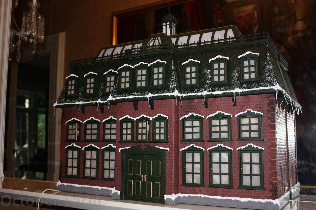 Christmas Vacation Advent House Calendar.Advent Calendar House In Christmas Vacation Christmas