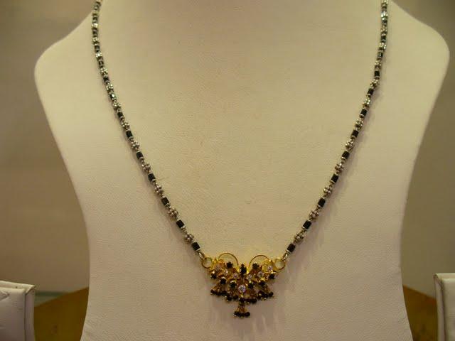 Nallapusalu Black Beads With Diamond Pendants