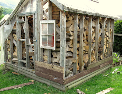 From greenhouse to rustic garden shed - part 1 - building the sides