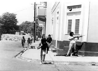 Resultado de imagen de Mujeres combatientes constitucionalistas durante guerra de 1965