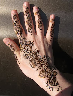 Improve Our Fashion Skill About Indian Henna