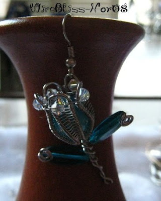 Wire Wrapped Tulip Brooch/Pendant/Earring