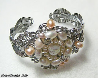 front view of braided wire cuff
