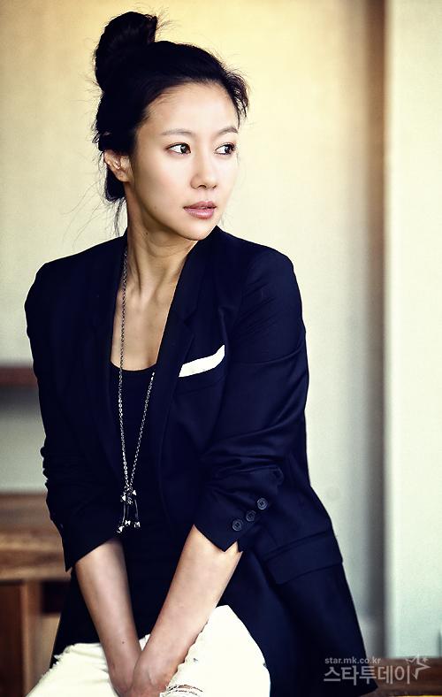 Min-seo Chae Nude Photos 10