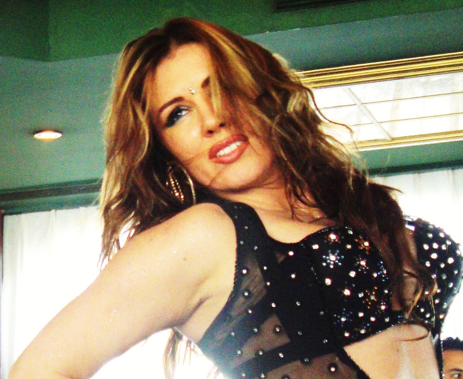 Joana saahirah belly dancer big ass at nile maxim 2015 - 4 8