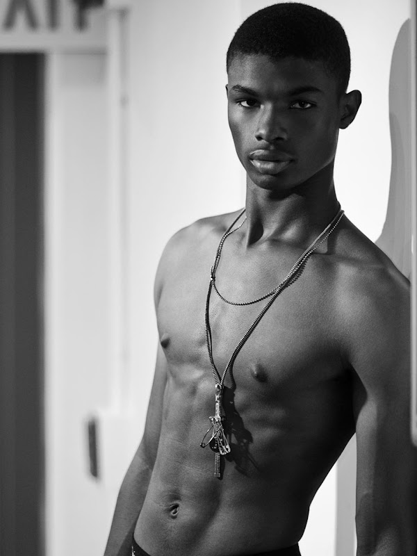 naked-dark-skin-boys
