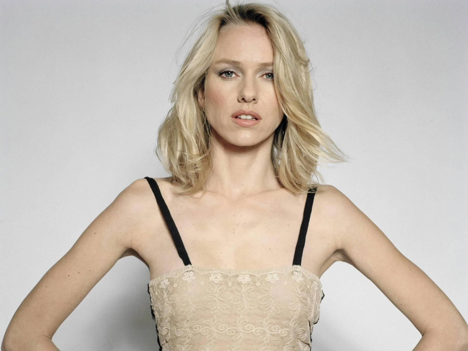 Picture of Naomi Watts