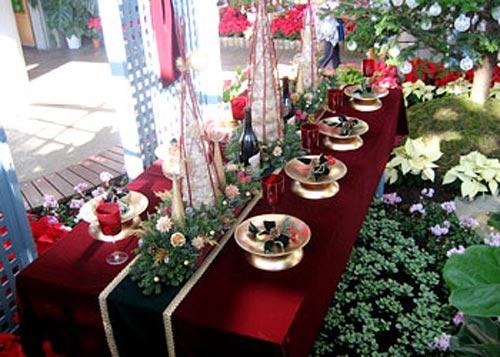 Navidad diferentes estilos para decorar tu mesa esta navidad for Mesa de navidad elegante