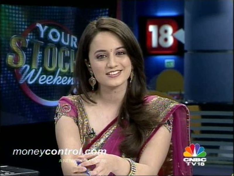 CNBC TV 18 Hot News Reader and anchor Sonia HQ Pictures