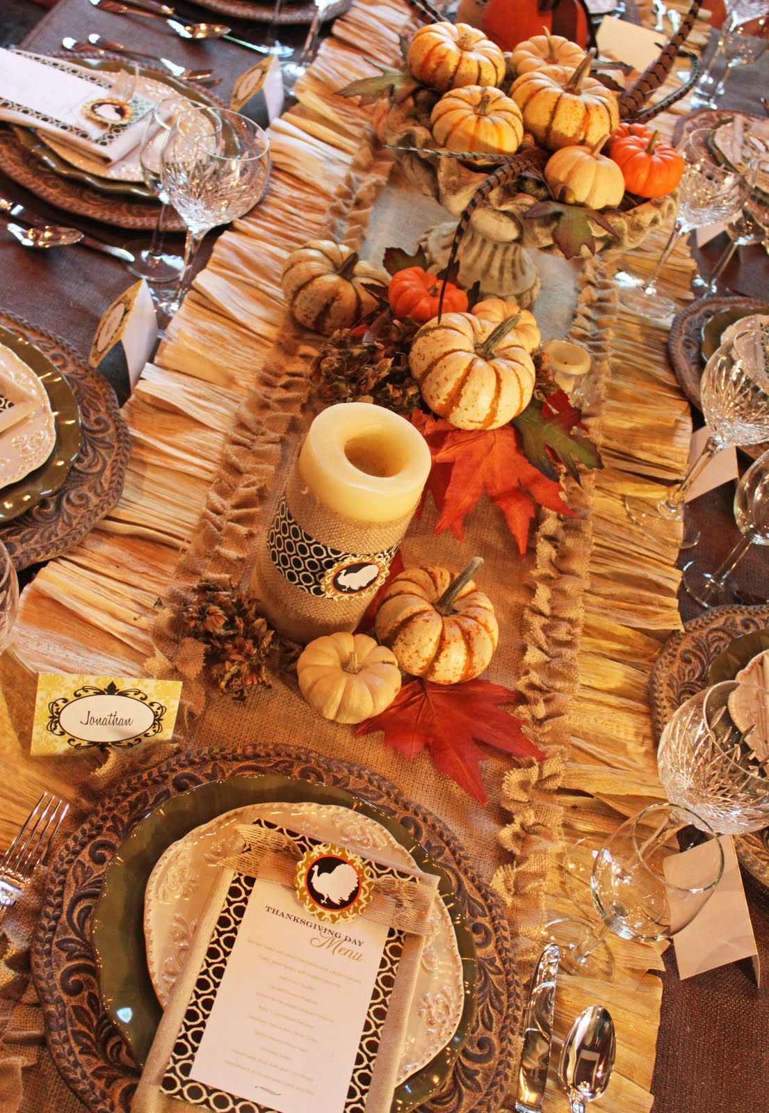 Amanda 39 s parties to go thanksgiving decorating ideas - Thanksgiving dinner table decorations ...
