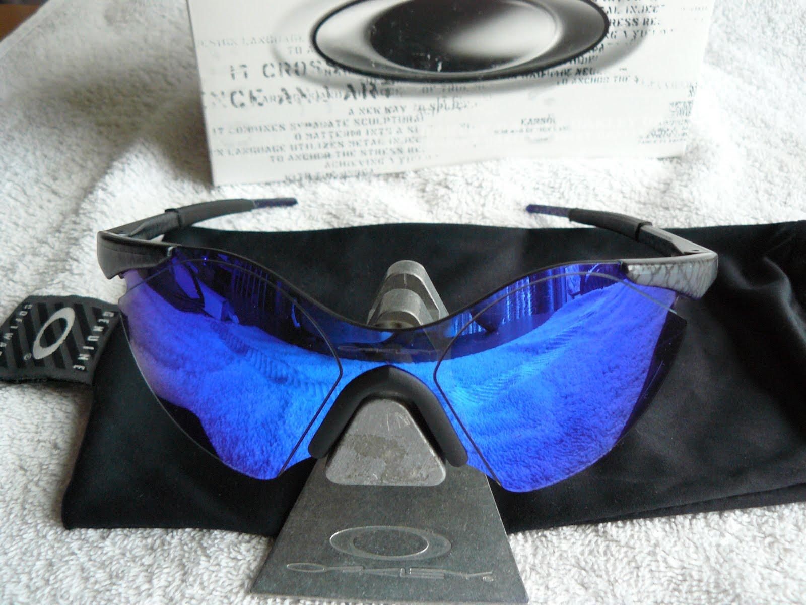66095fbeb8f Zero 0.6 Cobalt frame with Blue Iridium lenses. SKU 05-207 (1993)