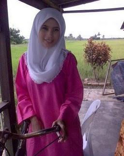 image Malay bila anak takde kat umah