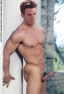 Dermot mulroney naked