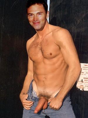 Tim Naked 12