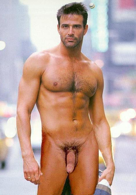 from Rodrigo male actors nude pi