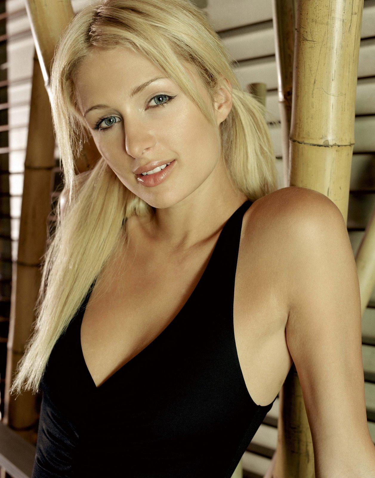 Paris Hilton Pics