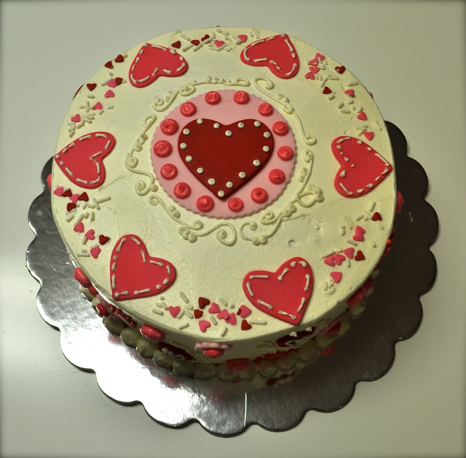Leah's Sweet Treats: Valentine's Day Cake