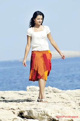 Shimbu Romance with Trisha in Vinnaithaandi Varuvaaya ...