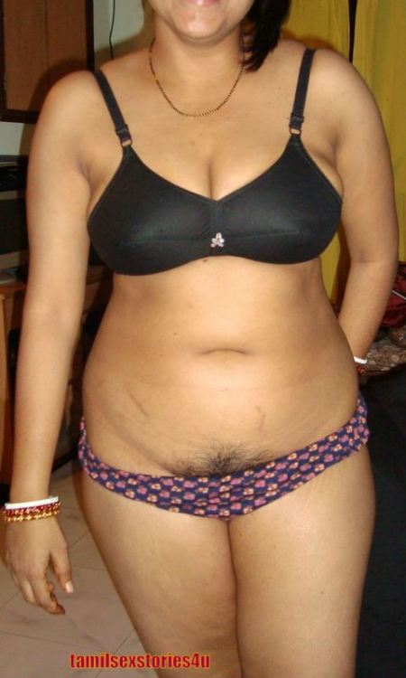 Indian Girls And Aunties Fat Aunties In Bikine-8725
