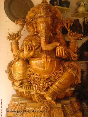 ganesh hindu god wooden sculpture,big ganapathy statue made of timber