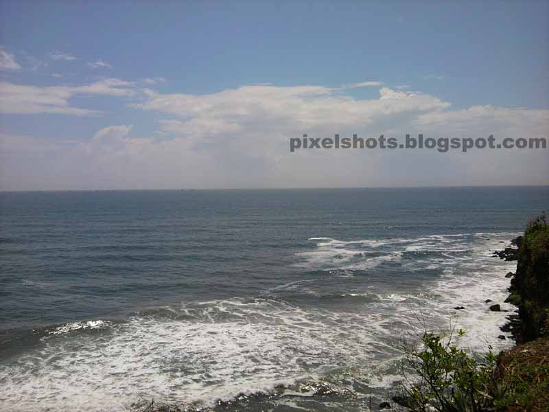 sea and waves photos from varkala,sea photos from mountain cliffs of varkala kerala