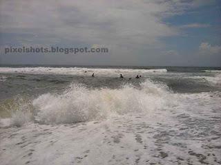 kerala beach snaps,beach tour photos and info,shallow beaches of kerala ideal for swimming,kerala beach photos,adorable kerala beaches