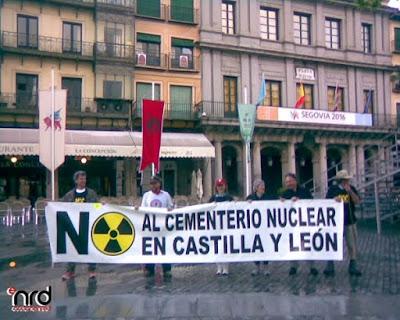 http://2.bp.blogspot.com/_REZrK50lTDM/S-plra_MnNI/AAAAAAAAAJc/hPbbsczR9dw/s1600/relevo+plaza.jpg