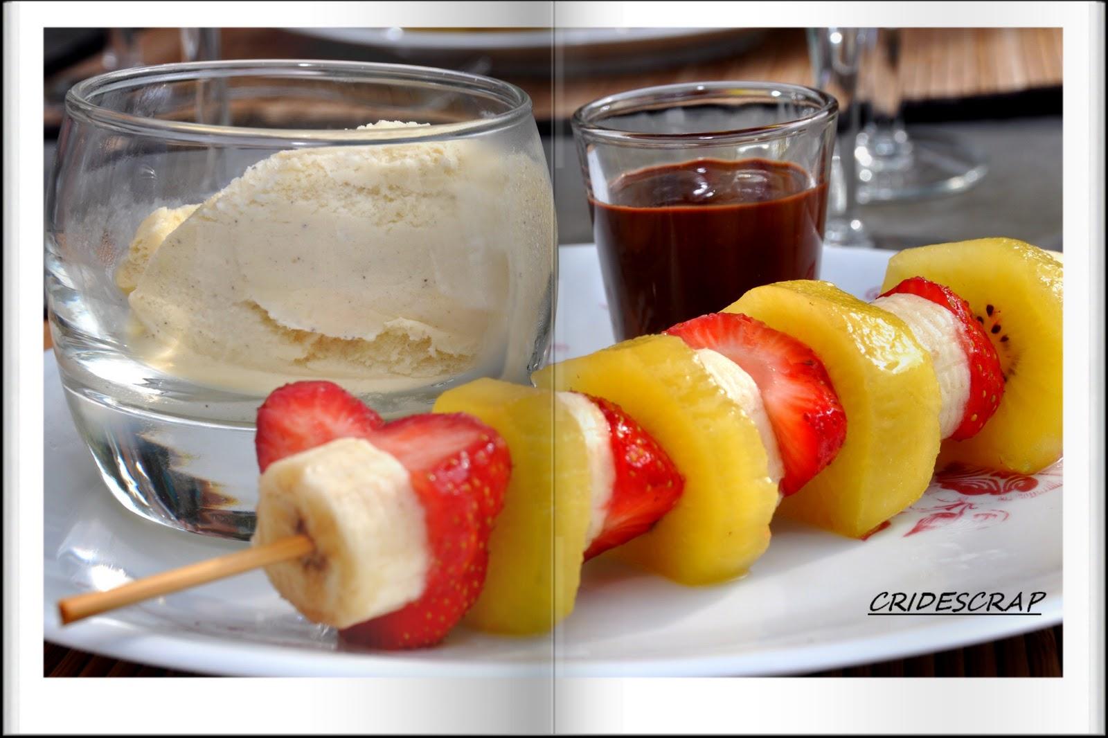 cridescrap and co brochette de fruits marin s au miel sa glace vanille et son chocolat fondu. Black Bedroom Furniture Sets. Home Design Ideas