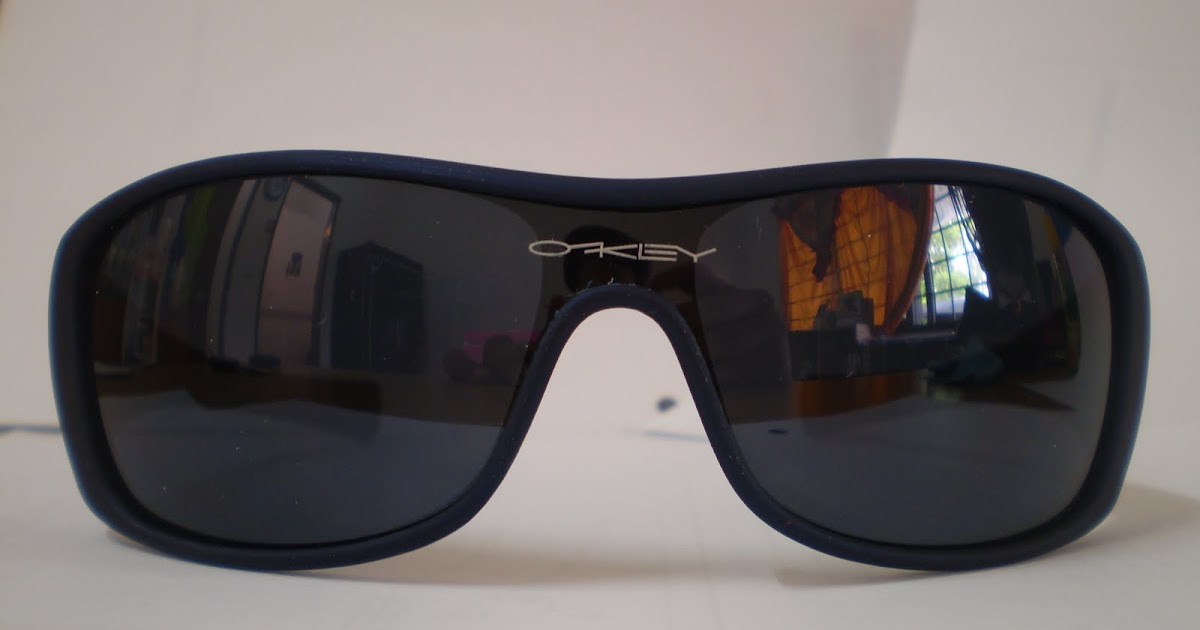 56b42b99f2 Oakley Shallow Blue Lens « Heritage Malta